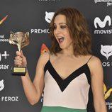 Aura Garrido, pletórica en la alfombra roja de los Premios Feroz 2017