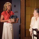 Ana Duato y María Galiana en el tercer capítulo de la decimoctava temporada de 'Cuéntame cómo pasó'