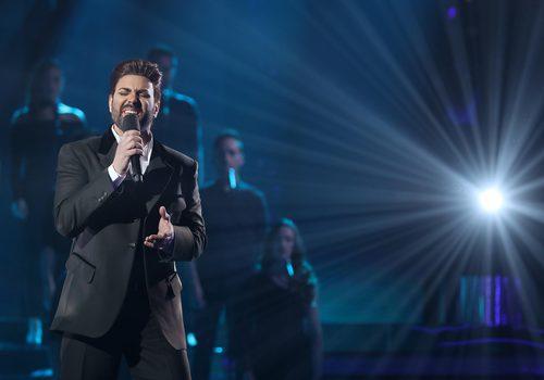 Miquel Fernández se mete en la piel de George Michael en la decimotercera gala de 'Tu cara me suena'
