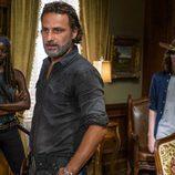 Rick Grimes aparece en la mansión de Gregory en la segunda parte de la T7 de 'The Walking Dead'