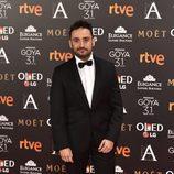 J.A. Bayona en la alfombra roja de los Goya 2017