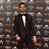 Alfonso Bassave en la alfombra roja de los Premios Goya 2017
