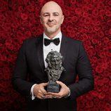 Roberto Álamo con su Goya 2017 a Mejor Actor Protagonista