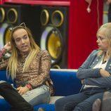 Aless Gibaja y Emma Ozores, en la sexta gala de 'GH VIP 5'