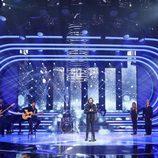 """Canco Rodríguez canta """"No dejes de soñar"""" en la gala 15 de 'Tu cara me suena'"""