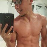 Rodrigo Noya, el niño de 'Hermanos y detectives', aparece sin camiseta en las redes sociales