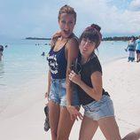 Corina y Rojo Cangrejo posan en México para su programa 'Viajeras con B'