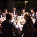 La familia Alcántara al completo cena en el capítulo 18 de la decimoctava temporada de 'Cuéntame cómo pasó'