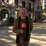 José Hervás durante la grabación del reencuentro de 'El internado'