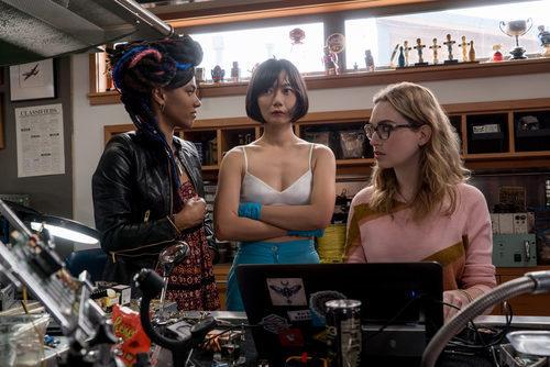 Doona Bae y Jamie Clayton en la segunda temporada de 'Sense8'