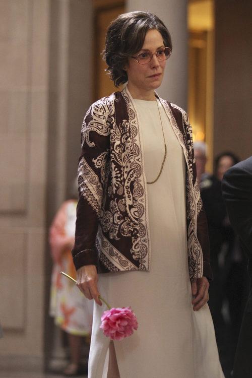 Mary-Louise Parker interpreta a Roma Guy en 'When We Rise'