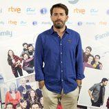 Antonio Garrido es Luis en la comedia familia de RTVE, 'iFamily'