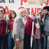 Antonio Alcántara se enfrenta a la huelga de su trabajadores en 'Cuéntame cómo pasó'