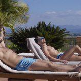 Iván Villar y Jacinto Angosto, en bañador, en la segunda temporada de 'Al salir me esperas'