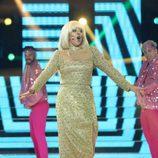 Yolanda Ramos es Raffaella Carrá en la gala final de 'Tu cara me suena 5'