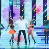 Raúl Pérez es Elvis Crespo en la gala final de 'Tu cara me suena 5'