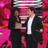 Esther Arroyo recibe el premio a la risa más contagiosa en la gala final de 'Tu cara me suena final 5'