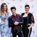 Lorena Gómez, Blas Cantó y Rosa López posan para los medios de comunicación tras días después de la final de 'Tu cara me suena'