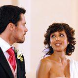 Daniela Costa mira a Octavi Pujades