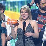 Candance Cameron recoge su premio en los Nickelodeon's 2017 Kids' Choice Awards