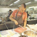 Dabiz Muñoz cocinando en 'El Xef'