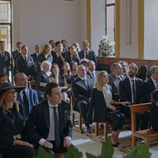La misa de Benito en el primer capítulo de  la tercera temporada de 'Allí abajo'