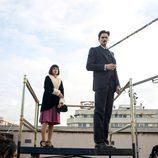 Maggie Civantos y Sergio Mur rodando 'Las chicas del cable'
