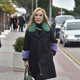 Carmen Lomana da el último adiós a Paloma Gómez Borrero