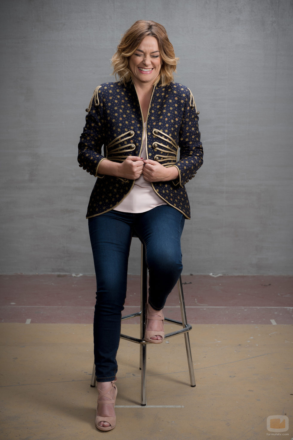 Toñi Moreno posa en una imagen promocional de 'El árbol de tu vida'