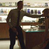 NIcole Kidman y Alexander Skarsgard discuten en 'Big Little Lies'