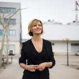 Susanna Griso mira al cielo en una de las nuevas fotos promocionales de 'Espejo público'