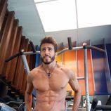 Marco Ferri de 'GH VIP 5' semidesnudo en Guadalix de la Sierra y haciendo deporte