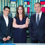 Mamen Mendizábal, Hilario Pino y Manu Marlasca en 'Más vale tarde'