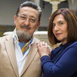 Posado Mariano Peña y Ane Gabarain como Don Benito y Maritxu en 'Allí Abajo'