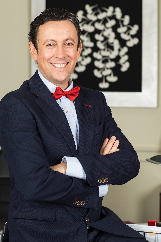 El actor David Arnaiz interpreta a Cristóbal Benjumea en 'Allí abajo' (Antena 3)