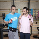 Santi Rodríguez y Carlos Chamarro posan para 'Gym Tony LC'