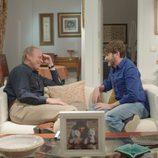 Bertín Osborne junto a Fernando Tejero ('La que se avecina') en un programa de 'Mi casa es la tuya'