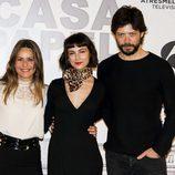 Úrsula Corberó, Itziar Ituño y Álvaro Morte en la rueda de prensa de 'La Casa de Papel'