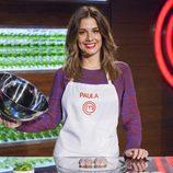 Paula, aspirante a 'MasterChef 5', posa mientras elabora su plato