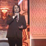 Manu Rodríguez es Nino Bravo en la sexta gala de 'Tu cara no me suena todavía'
