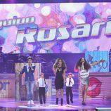 Rosario Flores con su equipo en la final de 'La Voz Kids'