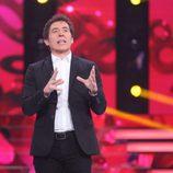 Manel Fuentes presentando la gala 8 de 'Tu cara no me suena todavía'