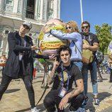 Manel y su banda en Kiev durante el Festival de Eurovisión 2017