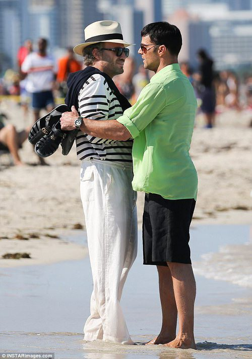 Ricky Martin y Édgar Ramírez en una escena de 'The Assassination of Gianni Versace: American Crime Story'