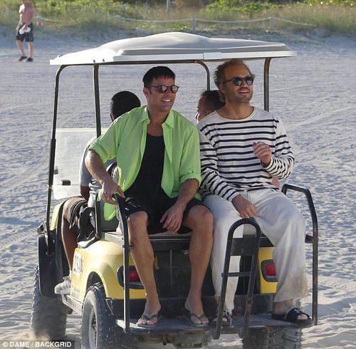 Ricky Martin y Édgar Ramírez durante la grabación 'The Assassination of Gianni Versace: American Crime Story'