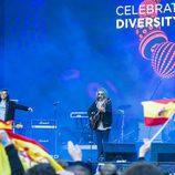 Manel Navarro actúa en el Eurovillage en el Festival de Eurovisión 2017