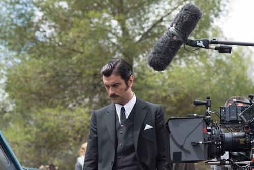 Javier Rey rodando 'Velvet Colección'