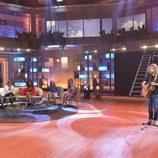 Manel Navarro canta en 'Viva la vida'