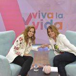 Pastora Soler junto a Toñi Moreno en 'Viva la vida'