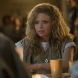 Natasha Lyonne se muestra sorprendida en uno de los nuevos capítulos de 'Orange is the New Black'